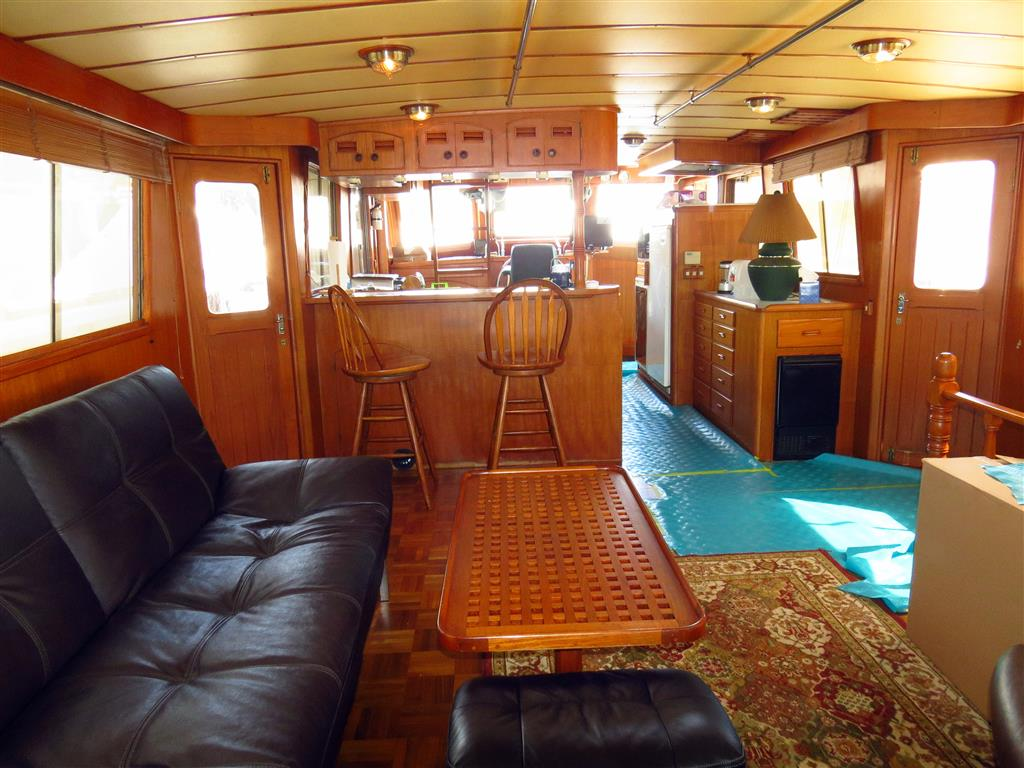 live-aboard dreams
